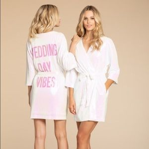 "Hayley Paige Hologram ""Wedding Day Vibes"" Robe"